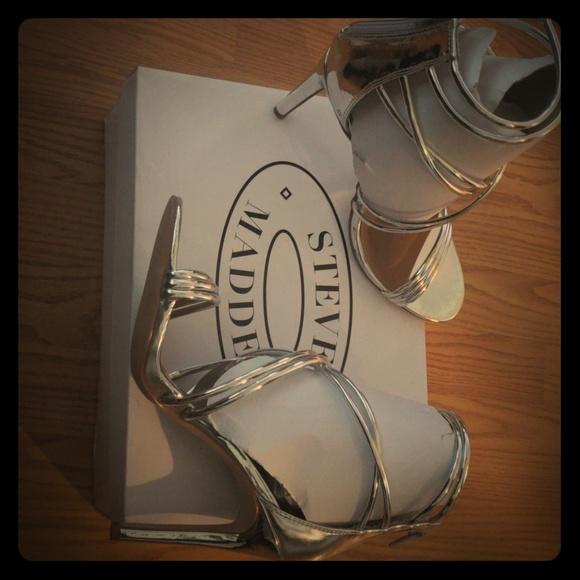 ed22d8c04 Steve Madden Shoes   Poshmark